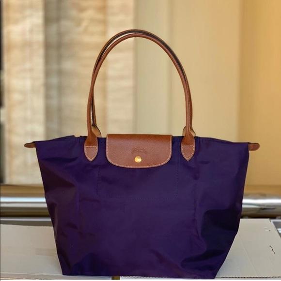 Longchamp Handbags - BNWT Longchamp Le Pliage Tote